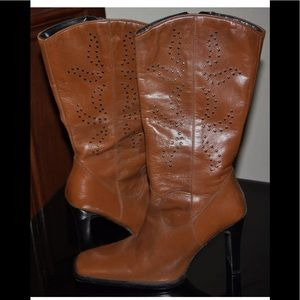 AWESOME $295 Guess Stud Tan Leather Boots Mid-Calf